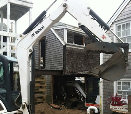 Cape Cod House Lifting